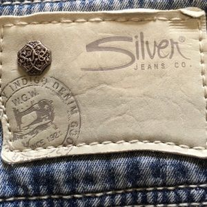 Silver Jeans Jeans - ✨5 for $25✨ Silver Jeans Frayed Hem Mini Skirt